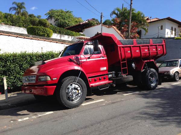 CaminhaoFORDCAÇAMBA - 14G439