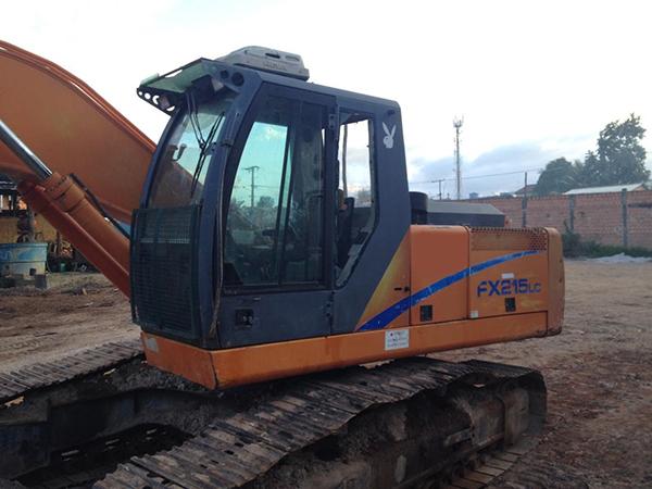 EscavadeiraFIATFX215 - 14I106