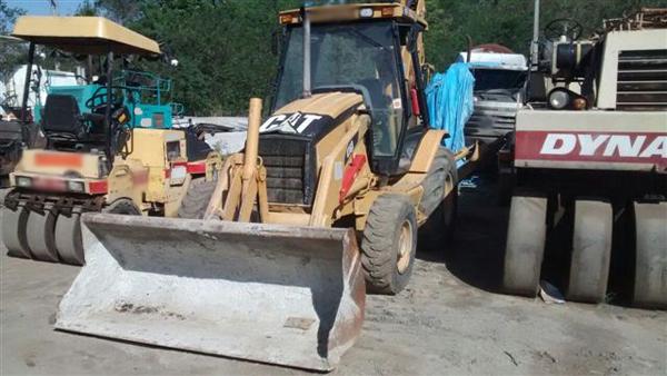 Retro EscavadeiraCATERPILLAR416D - 14I238