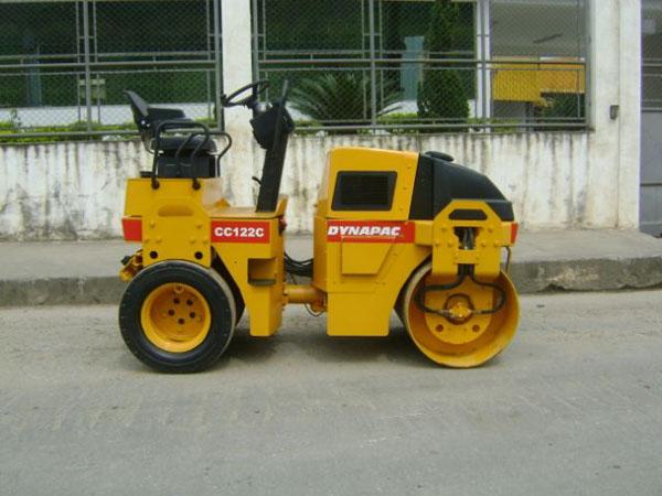 Rolo CompactadorDYNAPACCC122 - 14J337