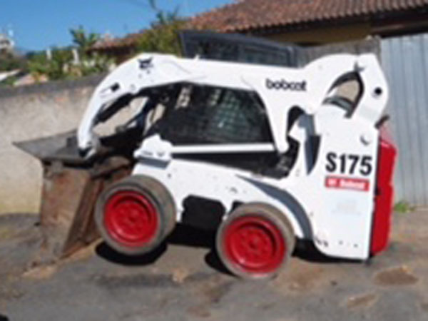Mini CarregadeiraBOB CATS175 - 14J406