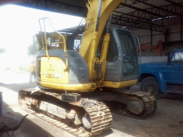 EscavadeiraNEW HOLLANDE130 - 14J416
