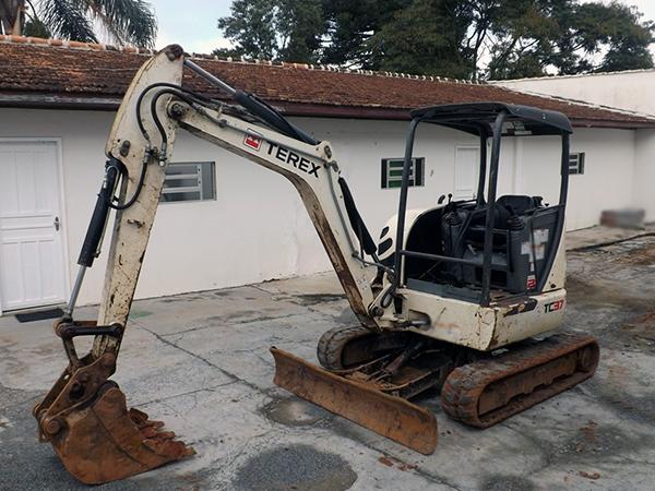 Mini EscavadeiraTEREXTC37 - 14K210