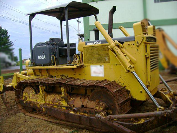 Trator EsteiraKOMATSUD50 - 15A321