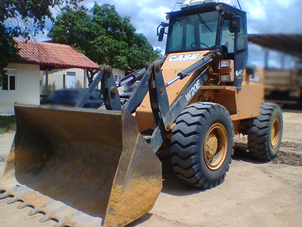 Carregadeira PneuCASEW20E - 15A332