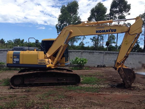 EscavadeiraKOMATSUPC160  - 15A421