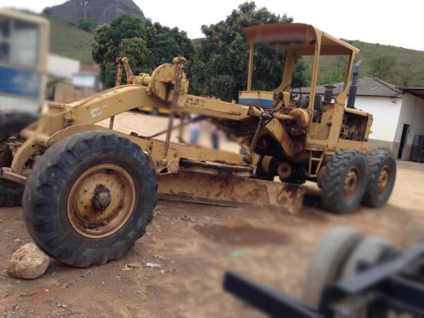 MotoniveladoraCATERPILLAR120B - 15A435