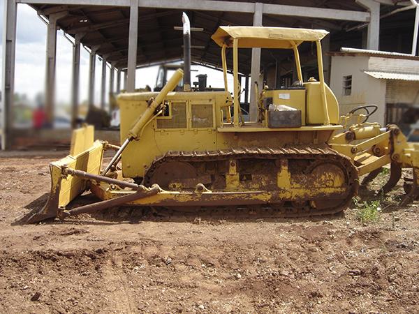 Trator EsteiraKOMATSUD50 - 15C117
