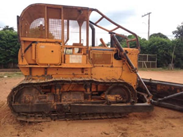 Trator EsteiraKOMATSUD50 - 15C233