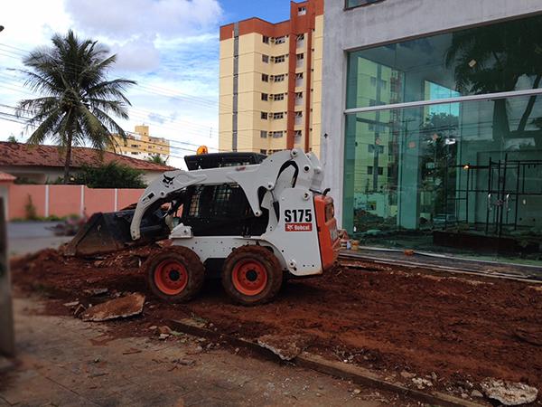 Mini CarregadeiraBOB CATS175 - 15D303