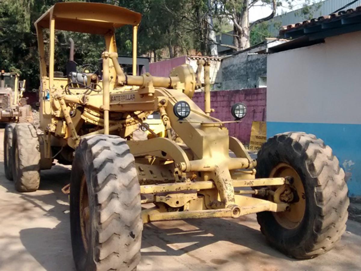 MotoniveladoraCATERPILLAR120B - 15G123