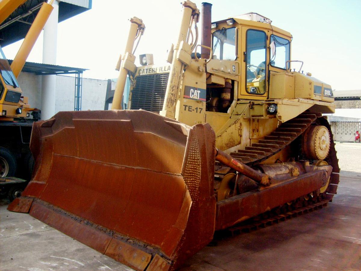 Trator EsteiraCATERPILLARD8L - 15G346