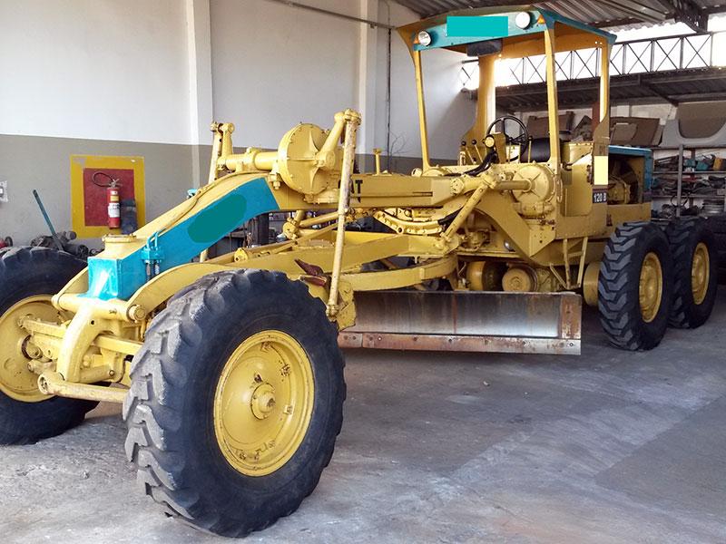 MotoniveladoraCATERPILLAR120B - 15I473