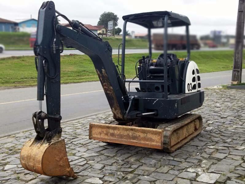 Mini EscavadeiraTEREXTC29 - 15K135