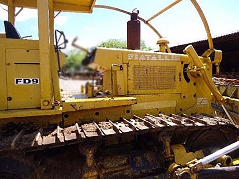 Trator EsteiraFIATFD9 - 15K439