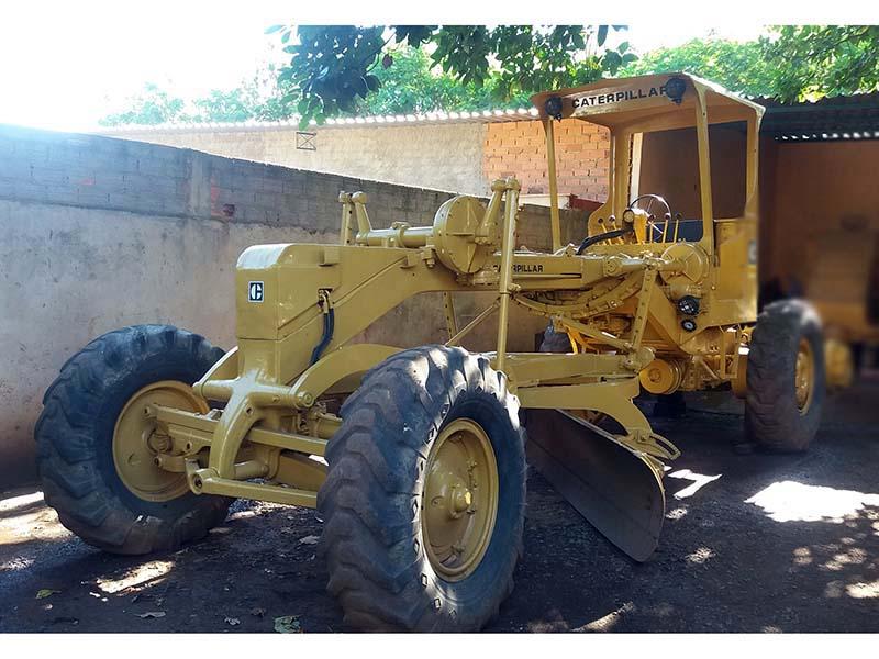 MotoniveladoraCATERPILLAR120B - 16C305