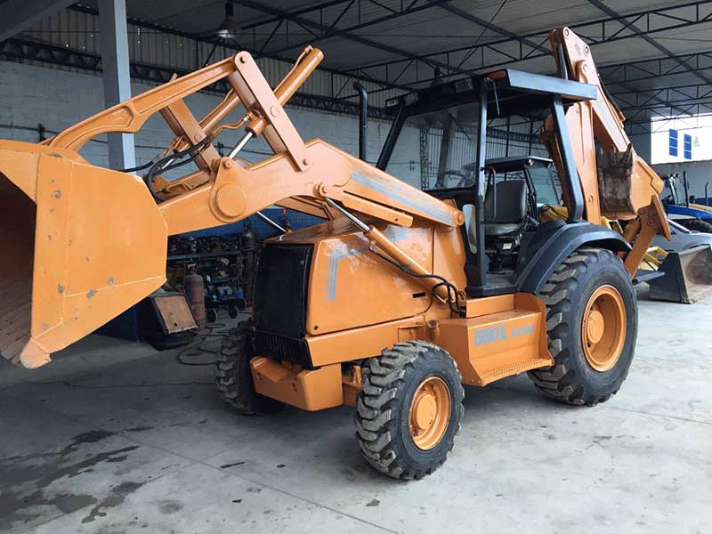 Retro EscavadeiraCASE580L - 16D320