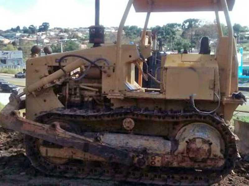 Trator EsteiraCATERPILLARD4EDD - 16D411