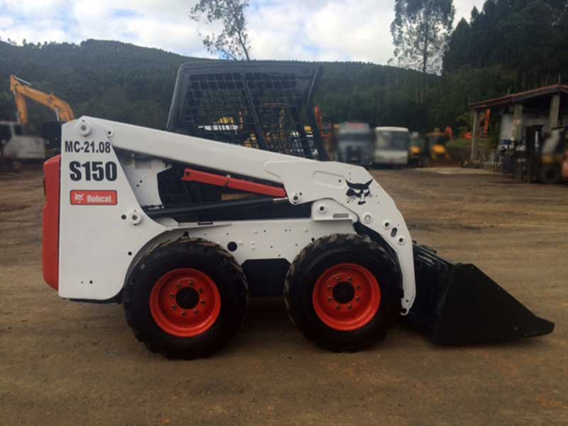 Mini Carregadeira BOB CAT S150 - 16E520