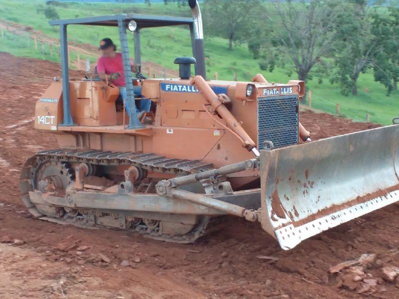 Trator EsteiraFIAT14CT - 16H206