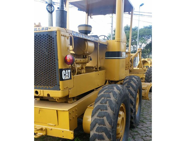 Motoniveladora CATERPILLAR 120B - 16H420