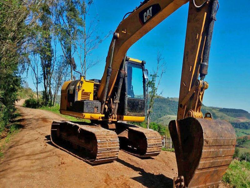 Escavadeira CATERPILLAR 312D - 16I326