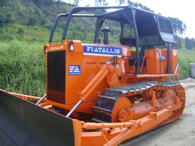 Trator EsteiraFIAT7D - 16J501