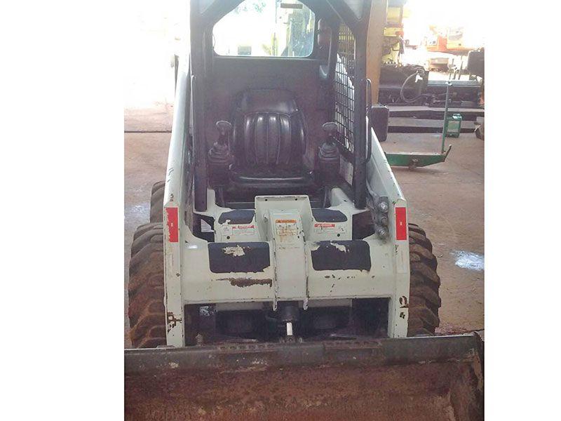 Mini CarregadeiraBOB CATS130 - 16L429