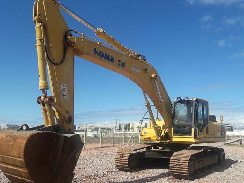 EscavadeiraKOMATSUPC300 - 16L507