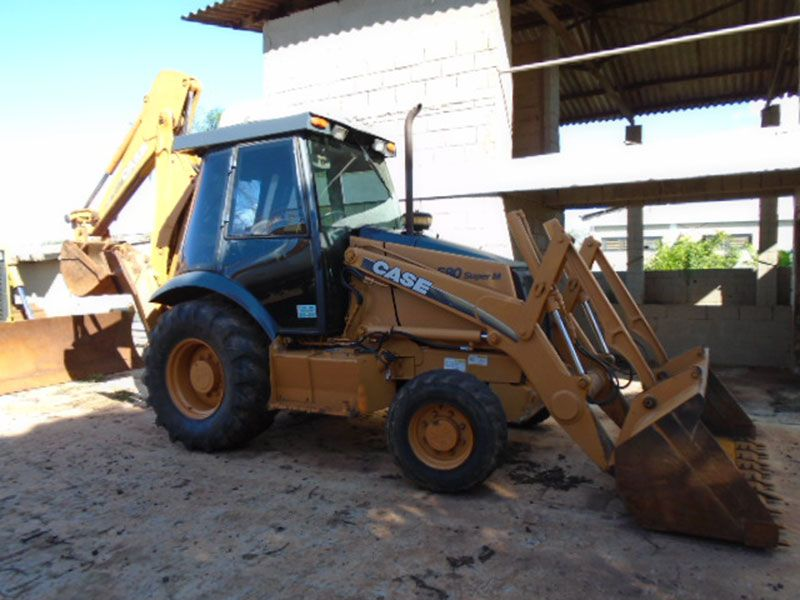 Retro EscavadeiraCASE580M - 17B309