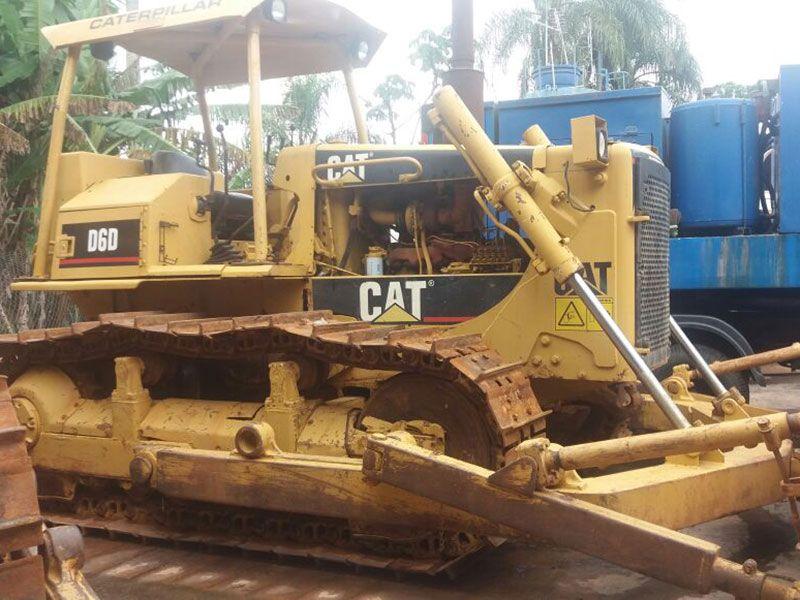 Trator EsteiraCATERPILLARD6DDD - 17C224