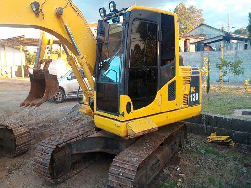 EscavadeiraKOMATSUPC130 - 17C429