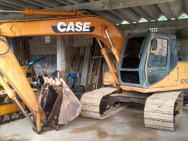 EscavadeiraCASE9010 - 17C507