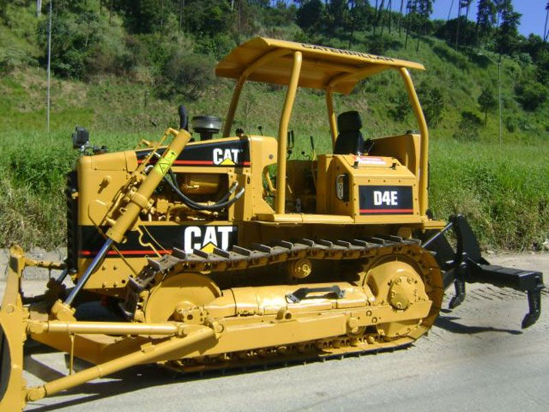 Trator EsteiraCATERPILLARD4ESR - 17D103