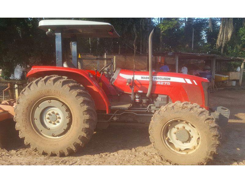 Trator PneuMASSEY FERGUSON4275 - 17F336