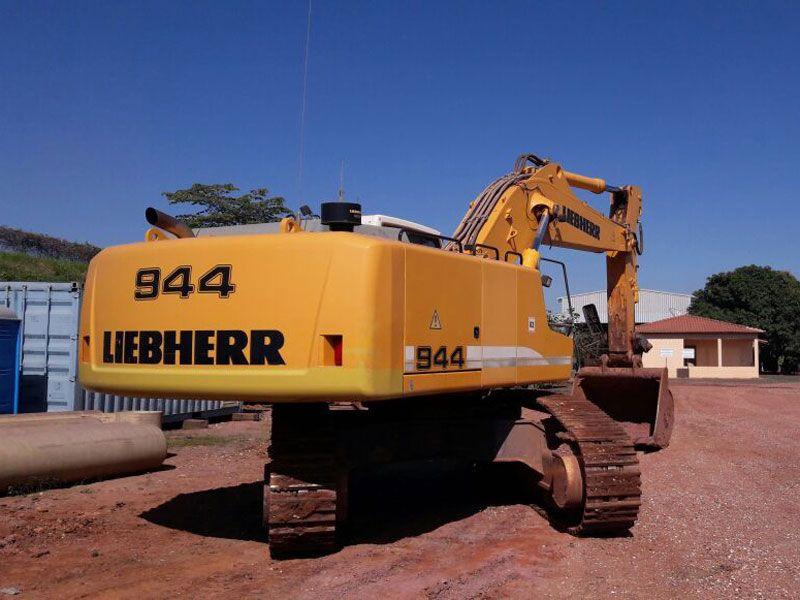 EscavadeiraLIEBHERR944C - 17F558