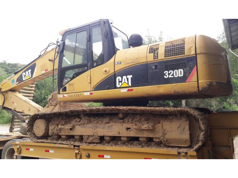 Escavadeira CATERPILLAR 320D - 17H207