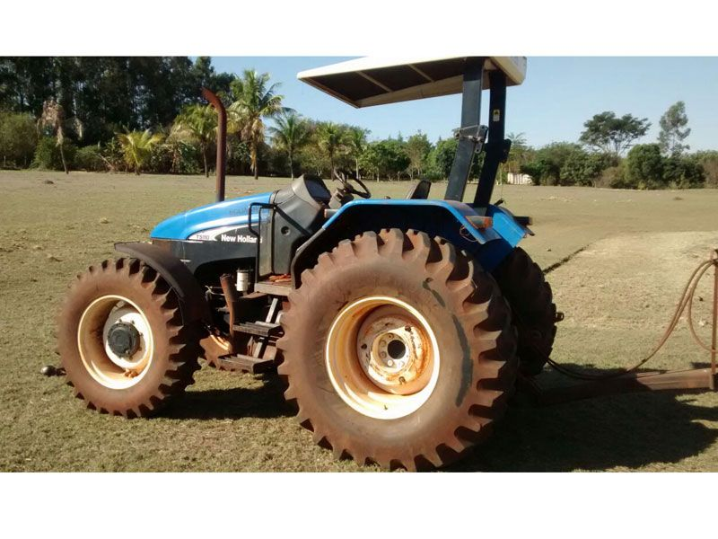 Trator Pneu NEW HOLLAND TS110 - 17J202