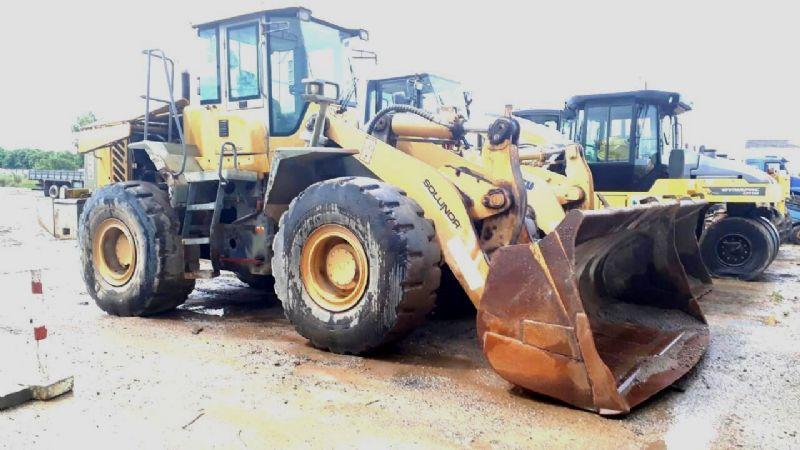 Carregadeira PneuSDLGLG956 - 17K416