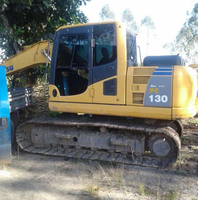 EscavadeiraKOMATSUPC130 - 18A105