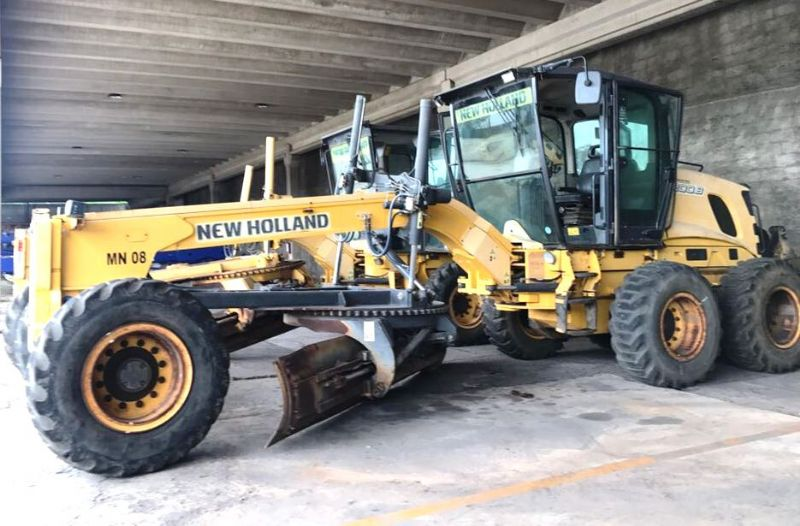 Motoniveladora NEW HOLLAND RG200 - 18A107