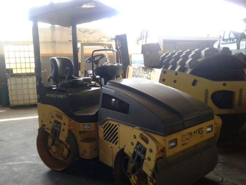Rolo CompactadorBOMAGBW120AD - 18A109