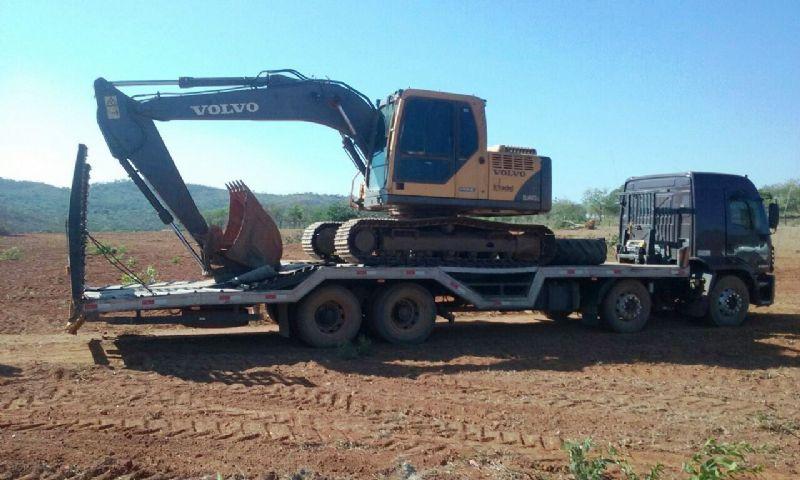 EscavadeiraVOLVOEC140 - 18A303