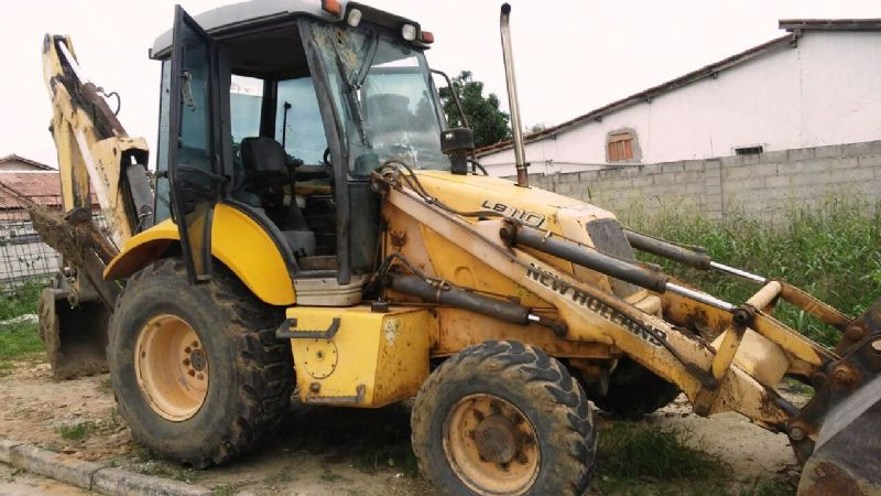 Retro Escavadeira NEW HOLLAND LB110 - 18A417