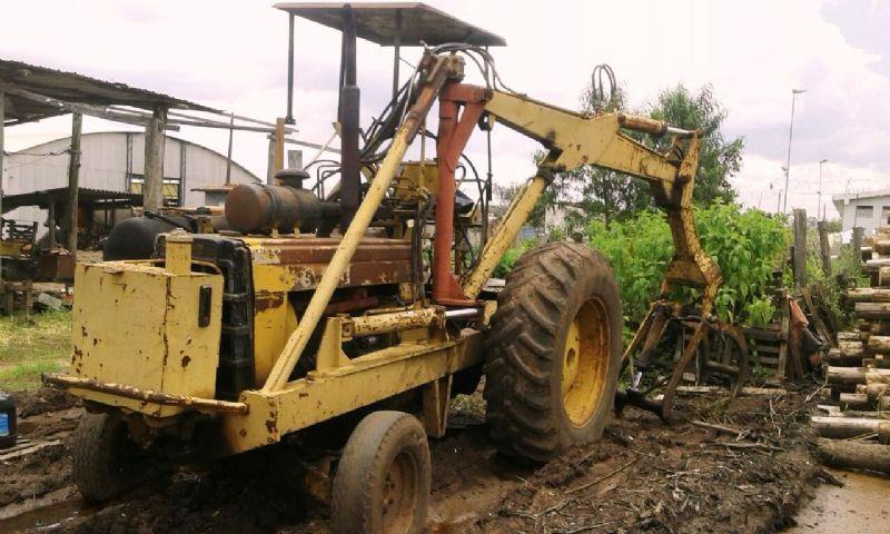 Trator PneuCBT2105 - 18A420