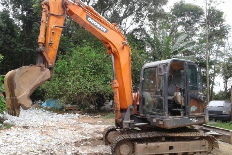 Mini EscavadeiraDOOSANS75 - 18A423