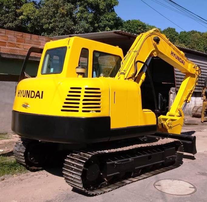 Mini EscavadeiraHYUNDAIR80 - 18B111