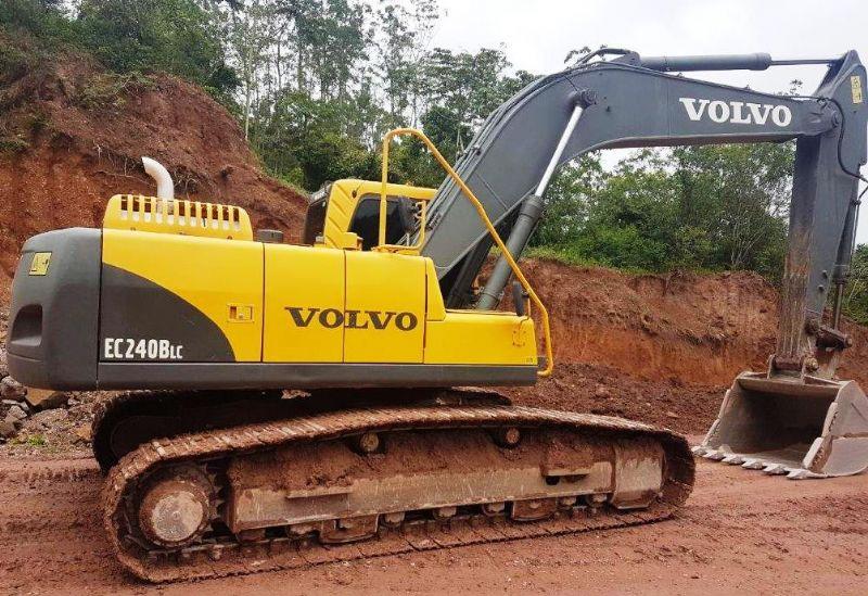 EscavadeiraVOLVOEC240 - 18B310