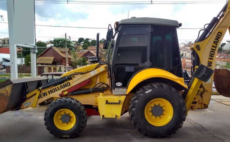 Retro Escavadeira NEW HOLLAND B110 - 18C203