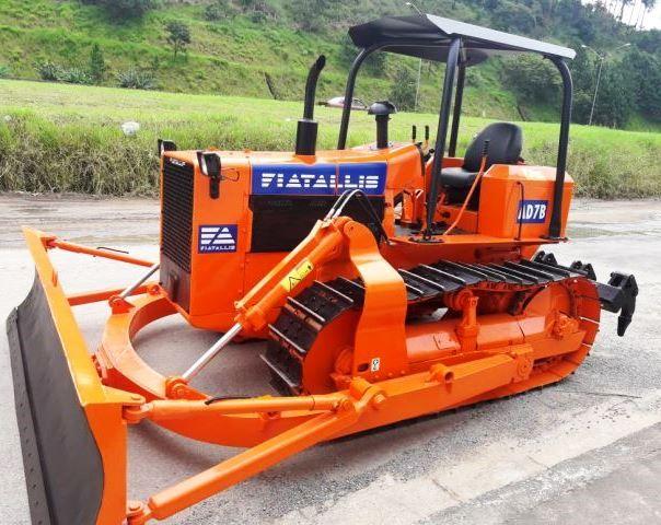 Trator EsteiraFIATAD7B - 18C318